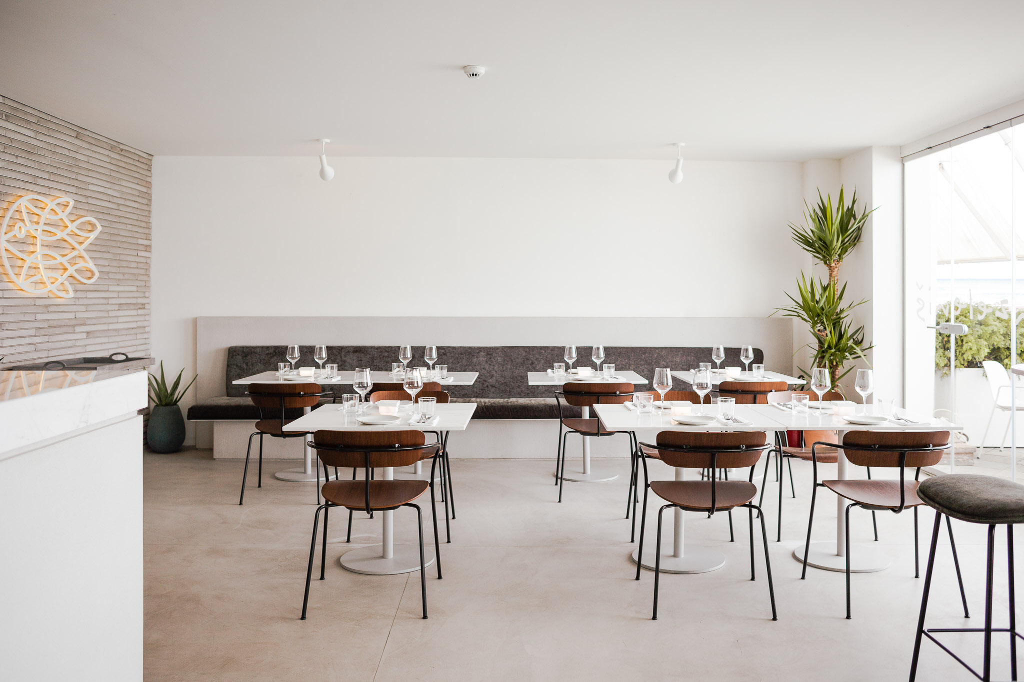 Faro restaurant by Fish Zelenish in Beton Hala, Belgrade, Serbia. Interior photography by Jovana Rakezic